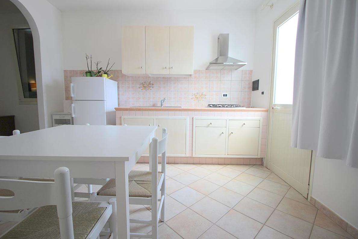 Home Holiday Salento appartamenti in affitto nel Salento cucina Arancio ad Alessano